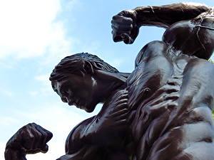 Hintergrundbilder Denkmal Arnold Schwarzenegger Mann Bodybuilding Muskeln Städte