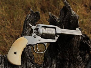 Picture Pistols Closeup Revolver ruger .22 cal Bearcat