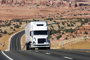 Desktop wallpapers Trucks Roads White auto