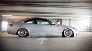 Wallpapers BMW Side Parking e92 M3 Cars