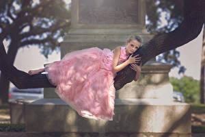 Hintergrundbilder Kleid Kleine Mädchen Ast Battery Park Julia Altork Kinder