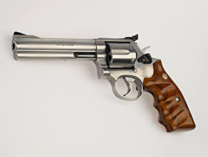 Pictures Closeup Revolver fire arms