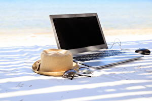 Wallpapers Summer Beaches Laptops Hat Glasses