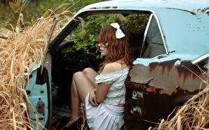 Bilder Heu Kleid Alt Mädchens Autos