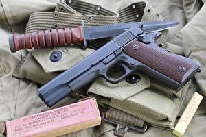 Photo Pistol Knife Closeup M1911 military