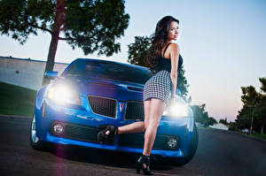 Pictures Pontiac Skirt Legs Blue Front G8 Girls Cars