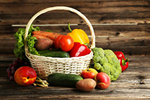 Wallpaper Vegetables Tomatoes Cucumbers Peaches Apples Potato Wicker basket Food