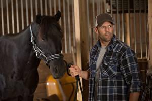 Picture Jason Statham Horses Baseball cap Homefront Phil Broker Movies Celebrities Animals