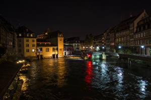 Bilder Frankreich Haus Flusse Straßburg Nacht Straßenlaterne Städte