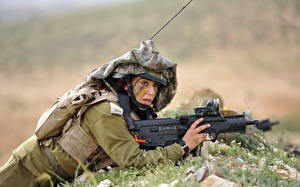 Fotos Soldat Gewehre Militär Mädchens
