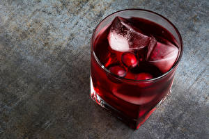 Pictures Cocktail Drinks Highball glass Ice Wine color Food