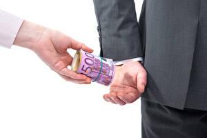 Bilder Geld Euro Banknoten Hand bribery power business 500 Natur