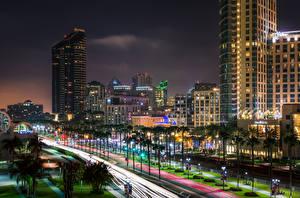 Fotos Vereinigte Staaten Gebäude Wolkenkratzer San Diego Straße Palmengewächse Nacht Straßenlaterne