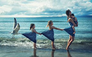 Fonds d'écran Mer Oiseau Thé Mère Petites filles 2 Bébé Humour Filles Enfants