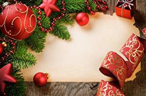 Bilder Feiertage Neujahr Vorlage Grußkarte Ast Kugeln