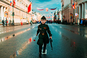 Picture Soldiers Holidays Victory Day 9 May Military parade Street Boys Children Cities
