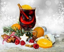 Bilder Neujahr Tee Zimt Apfelsine Himbeeren Becher Ast Lebensmittel