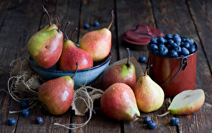 Pictures Pears Blueberries Fruit