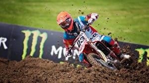 Wallpaper Motorcyclist Helmet Mud Motorcycles Sport