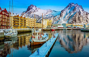 Image Norway Houses Mountain Berth Motorboat Svolvaer Cities
