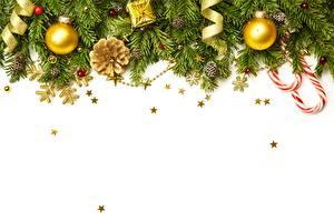 Hintergrundbilder Neujahr Kugeln Vorlage Grußkarte Ast