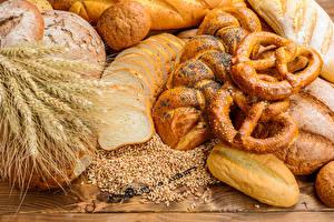 Fotos Backware Brot Brötchen Weizen Ähren Lebensmittel
