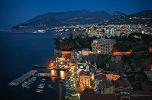 Photo Houses Coast Italy Sorrento Night From above Cities
