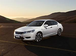 Image Honda White Hybrid vehicle 2015 Accord Sport Hybrid automobile