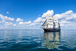 Pictures Ships Sailing Sea Sky Clouds