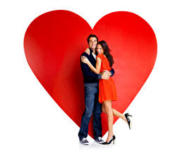 Wallpapers Valentine's Day Men Couples in love Love Heart Two Brown haired Gown Legs Stilettos Jeans young woman