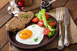 Photo Tomatoes Bread Knife Fried egg Heart Plate Fork Food