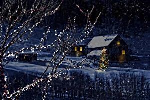 Hintergrundbilder Winter Haus Neujahr Schnee Schneeflocken Nacht Tannenbaum Ast Natur