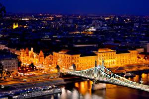 Hintergrundbilder Budapest Ungarn Haus Flusse Brücken Straße Nacht Straßenlaterne Städte
