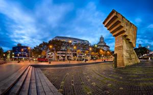 Hintergrundbilder Spanien Gebäude Denkmal Abend Barcelona Stiege Straßenlaterne