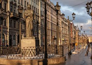 Hintergrundbilder Russland Denkmal Sankt Petersburg Stadtstraße Straßenlaterne Nikolai Gogol