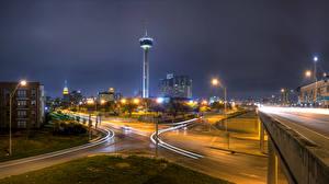 Photo USA Building Roads Texas Street Night time Street lights San Antonio