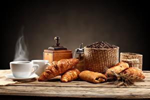 Bilder Getränke Kaffee Croissant Tasse Getreide Dampf Lebensmittel