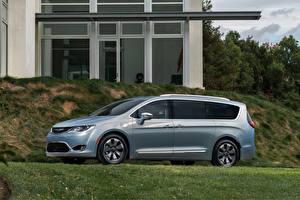 Image Chrysler Side Hybrid vehicle 2016 Pacifica Hybrid automobile