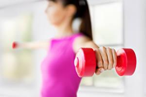 Bilder Fitness Hantel Hand sportliches Mädchens