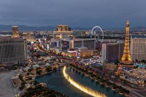 Fotos USA Abend Haus Las Vegas Eiffelturm