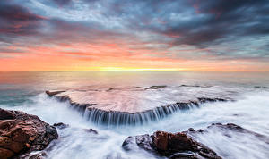 Pictures Coast Sea Waterfalls Sunrises and sunsets Horizon Nature