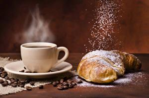 Fotos Getränke Kaffee Croissant Tasse Getreide Dampf Lebensmittel