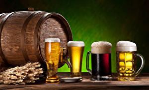 Fotos Getränke Bier Fass Becher Trinkglas Spitzen Schaum Lebensmittel