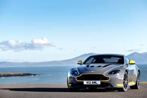 Hintergrundbilder Himmel Aston Martin Grau V12 Vantage S Sport-Plus Pack automobil