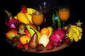 Image Fruit Juice Pears Strawberry Bananas Citrus Stemware Black background Food