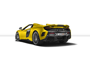 Pictures McLaren Yellow Back view White background 675LT Spider auto