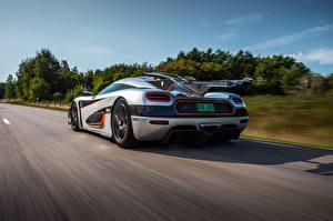 Bilder Koenigsegg Hinten Bewegung One 1 Autos