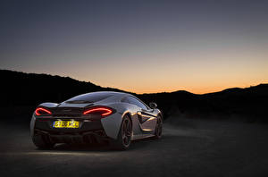Images McLaren Back view Night time 570GT automobile