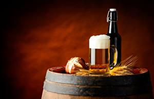 Hintergrundbilder Getränke Bier Flaschen Becher Schaum Ähre Lebensmittel