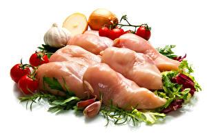 Bilder Fleischwaren Gemüse Tomate Zwiebel Knoblauch Hühnerfleisch Weißer hintergrund